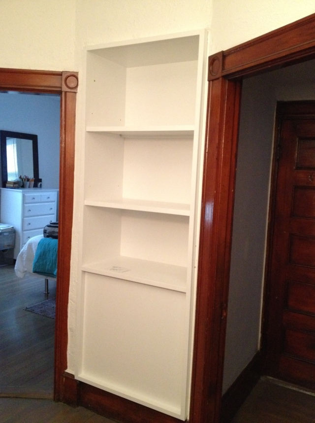 built in bookshelf